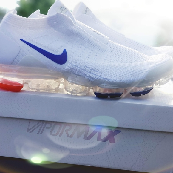 Nike Shoes   Nike Air Max Vapormax 220